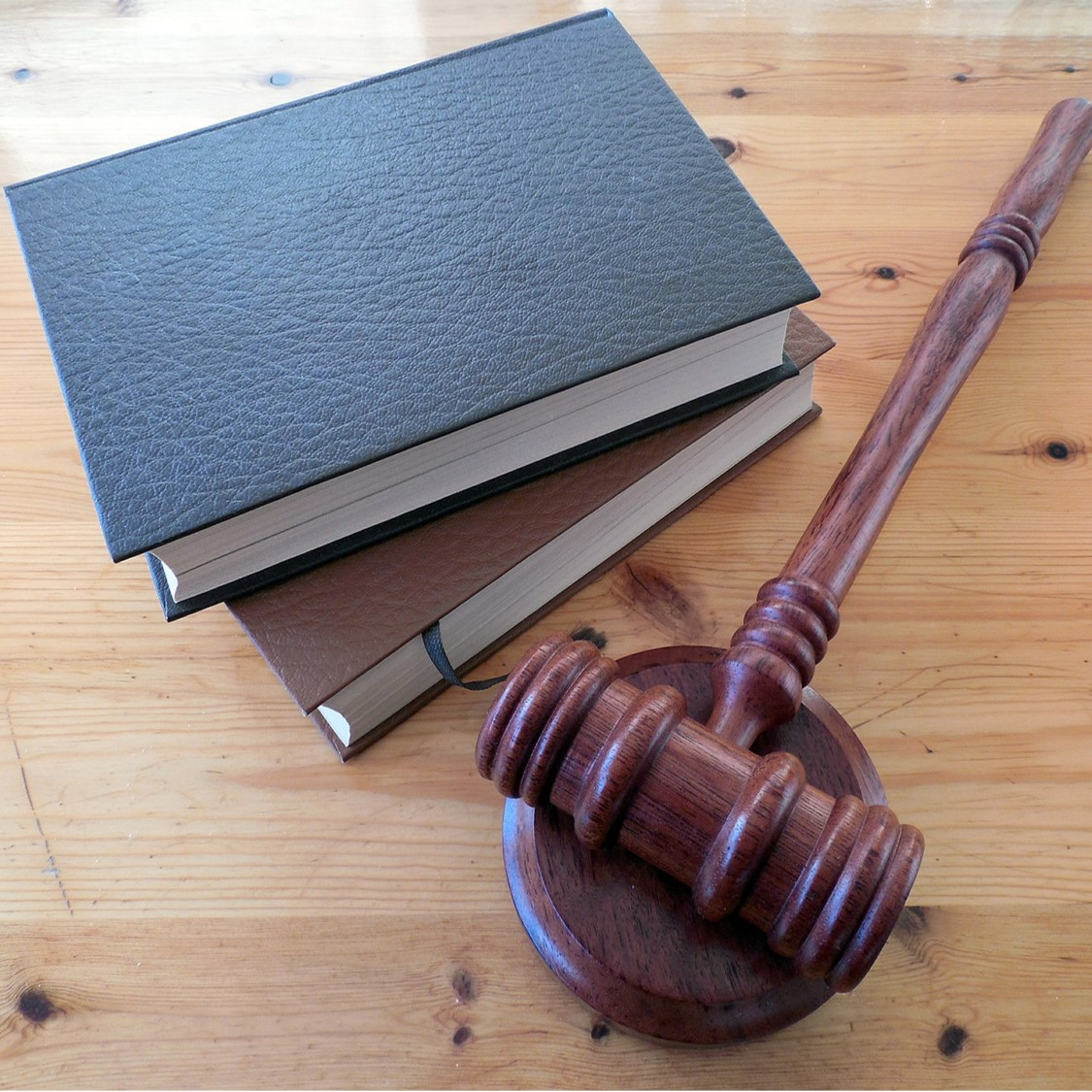 People with Mental Health and Cognitive Disabilities & Access to the Justice System – A Review of the Literature